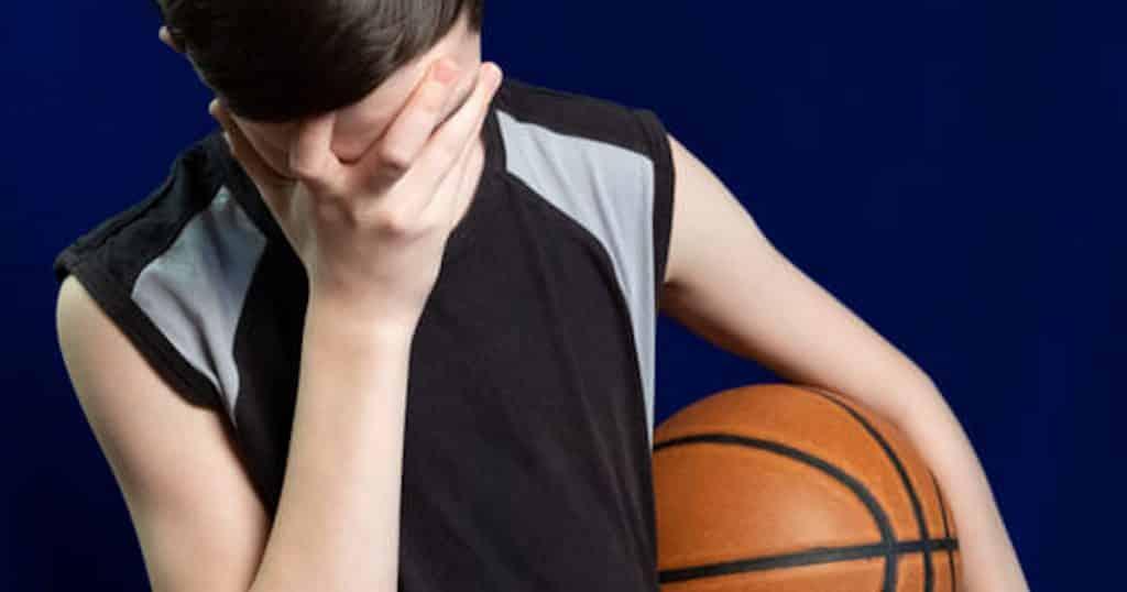 Erreur pédagogique : enfant en pleur