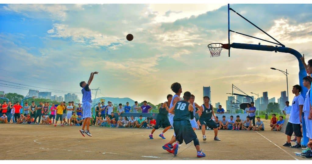 Shoot basket match