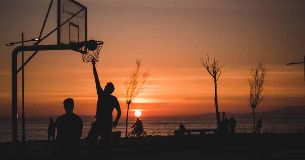 double pas basket soleil