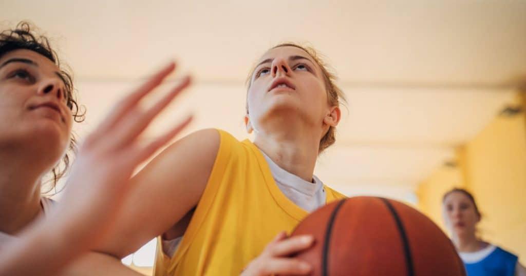 Sport feminin balle