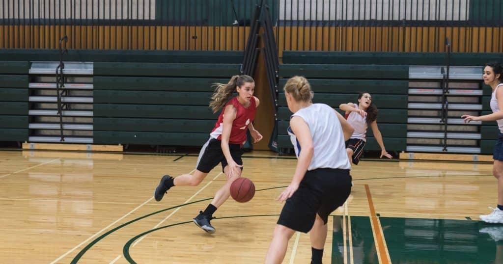 Sport feminin duel